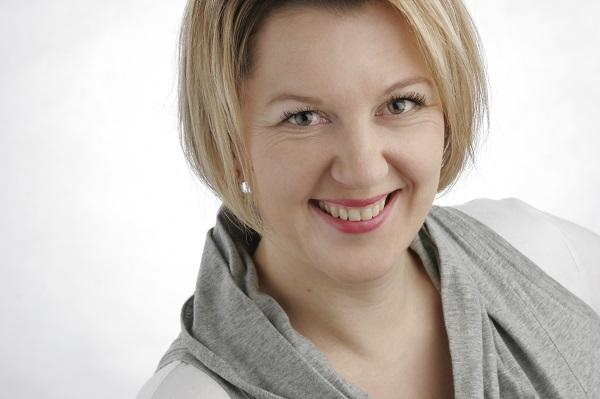 Ramona Jakob